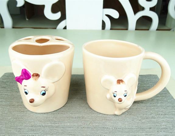 Ceramic twelve animal rat tooth brushes holder ,ceramic emoboss  mouse design  mugs