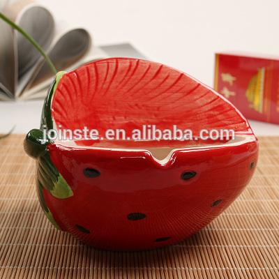 Custom creative red strawberry shape ceramic ashtray cigar ashtray
