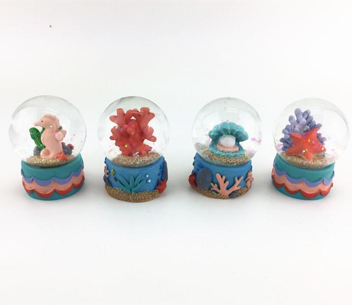 Customized aquarium sea horse  snow globes