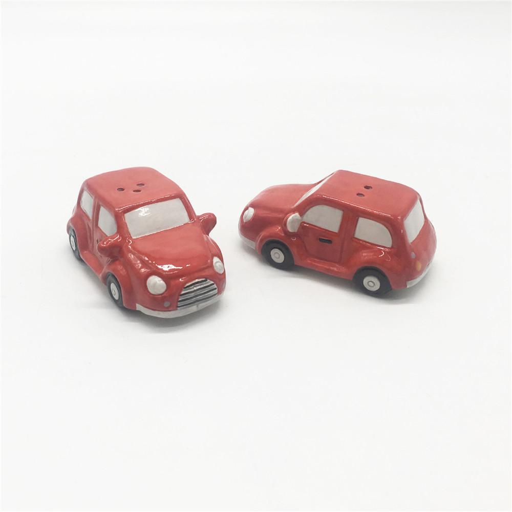 Red  car  shaped salt & pepper shakers ceramic  hand made funny  salt and pepper shaker set