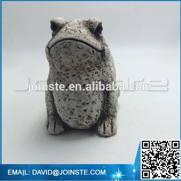 Garden landscaping frog figurine for decoration