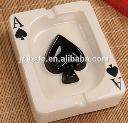 Custom cute poker shape black heart ceramic ashtray portable