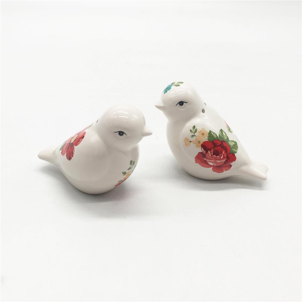 Ceramic  bird shape  salt and pepper shakers wholesale  hand made  salt and pepper shaker set
